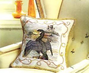 Диванная подушка с хохлатым бакланом