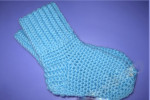 Вяжем детские носочки крючком